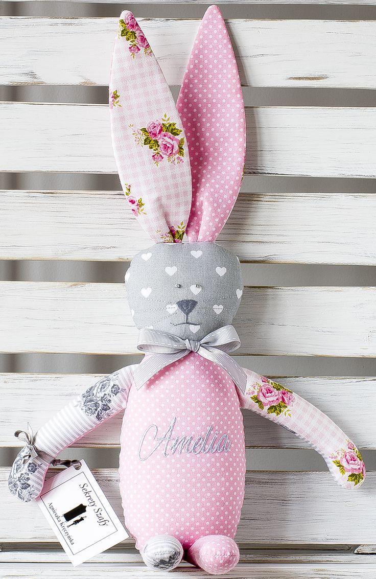 Króliczek z haftowanym imieniem dziecka for kids rekodzielo handmade  dla dziecka przytulanki na zamówienie spersonalizowane imienne szytezabawki