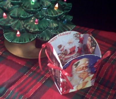 As The Card Rack Turns: Recycled Christmas Card Crafts