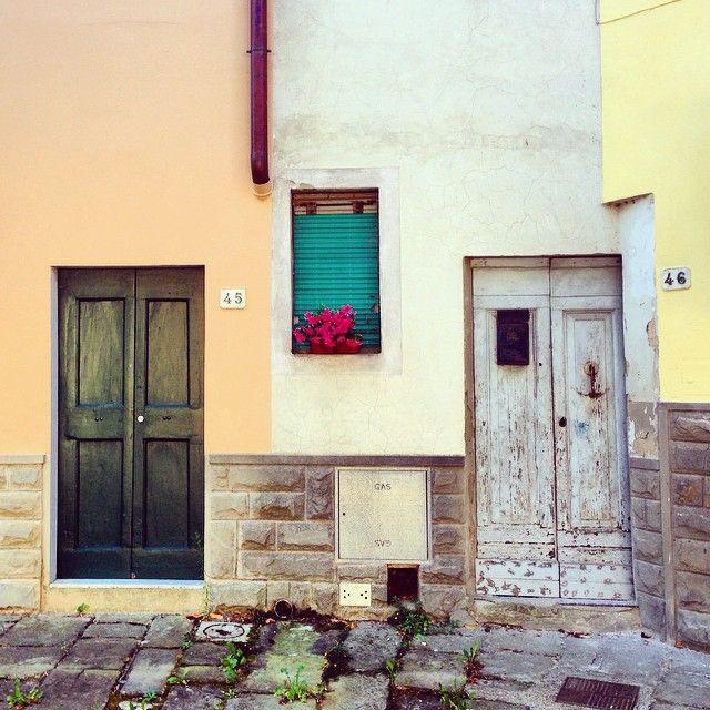 Doors in Barberino di Mugello