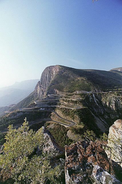 "Serra da Leba pass near Lubango, Angola (by filipeb).  So is this the ""long and winding road"" John wrote about?"