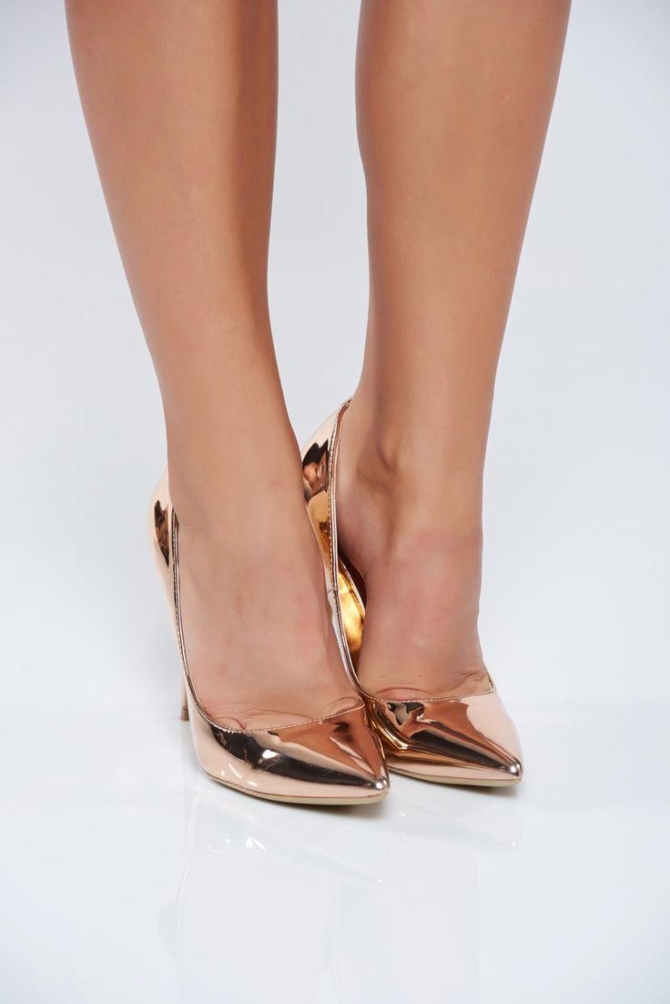 Comanda online, Pantofi eleganti cu toc inalt rosa cu aspect metalic. Articole masurate, calitate garantata!