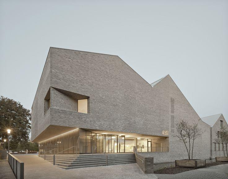 Interprétation contemporaine: »culte« de Pool Liver Architects
