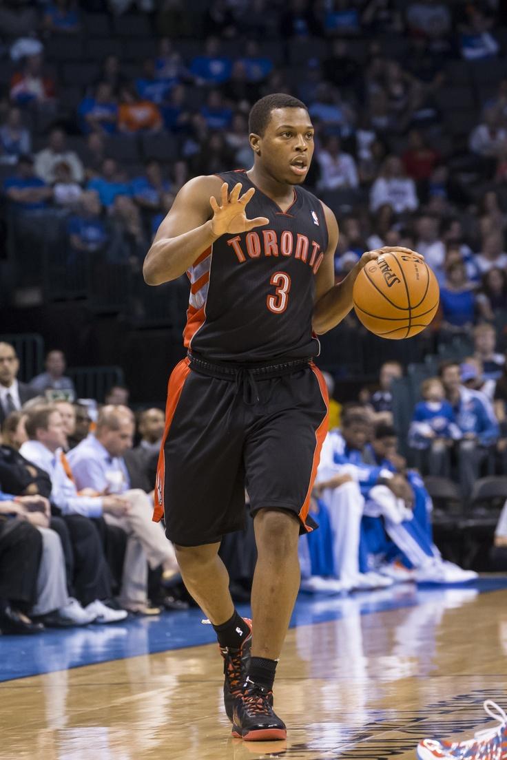 Kyle Lowry en un partido con los Toronto Raptors/ Getty http://www.zoomnews.es/deportes/basket-nba/dos-asistencias-calderon-punto-dar-victoria-toronto-raptors
