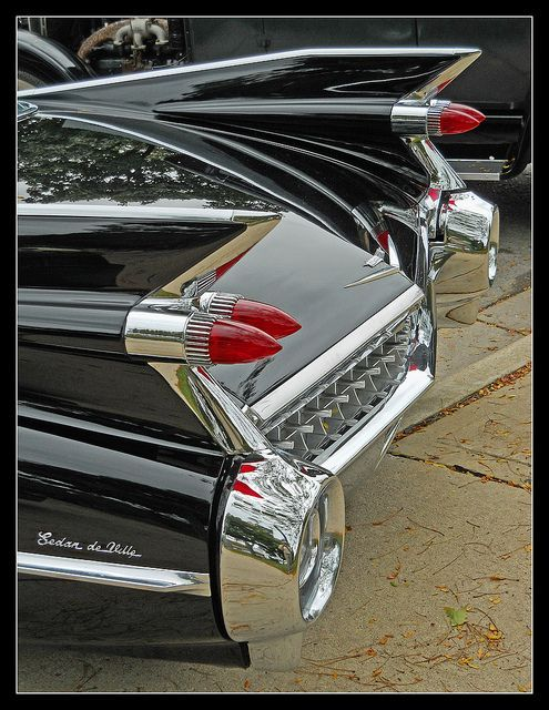 Classic car: 1959 cady ...love the fins...