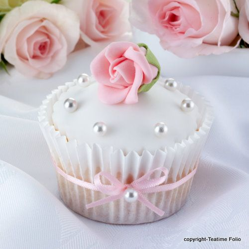 Pin By La Gioia Events On Cupcake Ideas Cupcakes