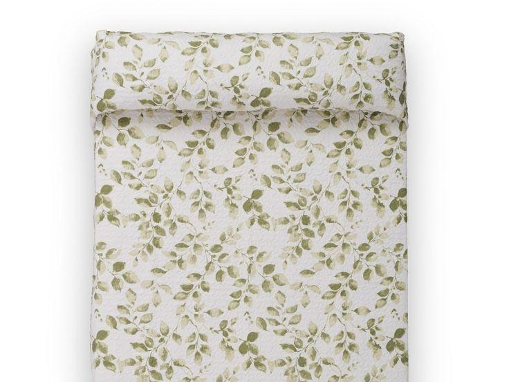 #colchas #dublin de color #verde con #hojas para #cama de #habitacion https://www.catayhome.es/categoria/sabanas/