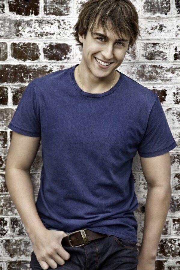 Taylor Glockner - Mason Turner on Neighbours <3