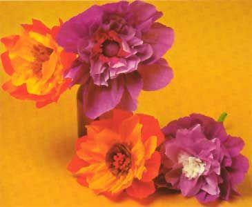 25 best ideas about krepppapierblumen auf pinterest krepppapier krepp papier handwerk und. Black Bedroom Furniture Sets. Home Design Ideas