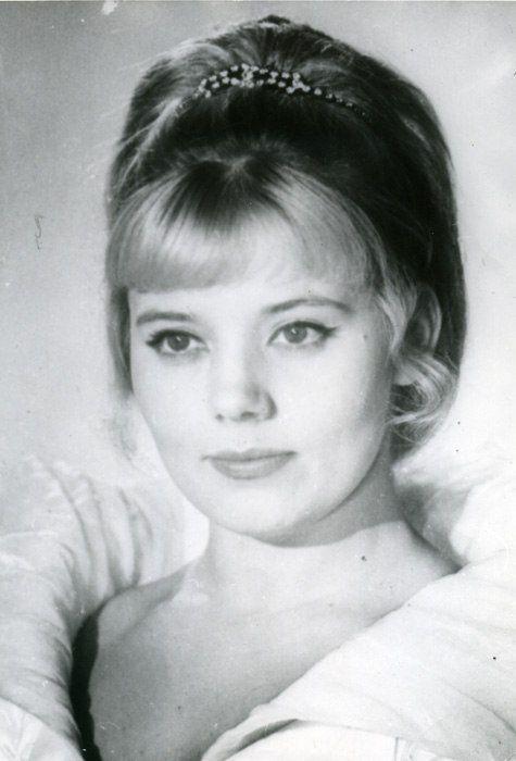 Ludmila senchina,singer