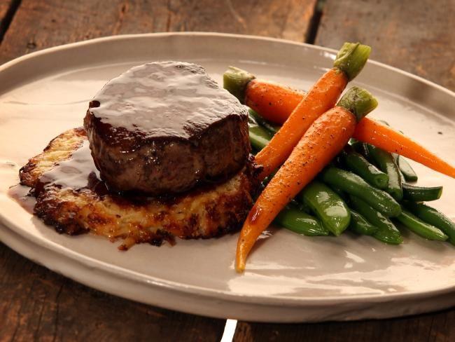 West Village Petersham a good-time gastro pub worth a stop. Menu includes fillet steak with steamed vegetables #foodporn #pubgrub #dinner #lunch #Sydney #restaurant