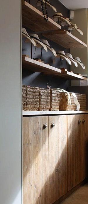 Winkelinrichting in steigerhout