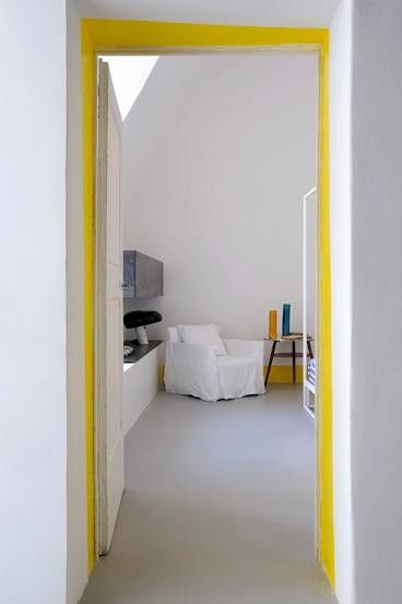 5 Rooms with Stealth Color: Yellow Door at Hotel Capri
