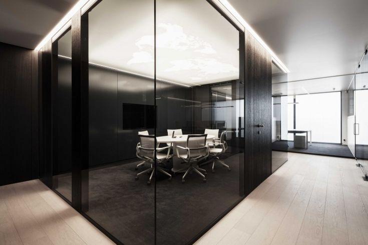 Kordekor   Innoverende interieurs    #stretchceiling #ceiling #print #artolis #barrisol #light #map #working #space #meetingroom #interior #design #architecture