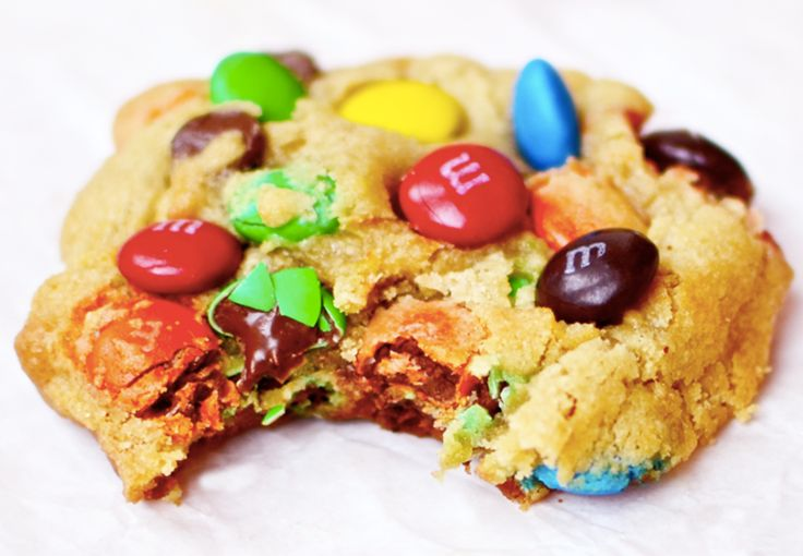 Cookies rellenas de M&M´s. Recetas para niños