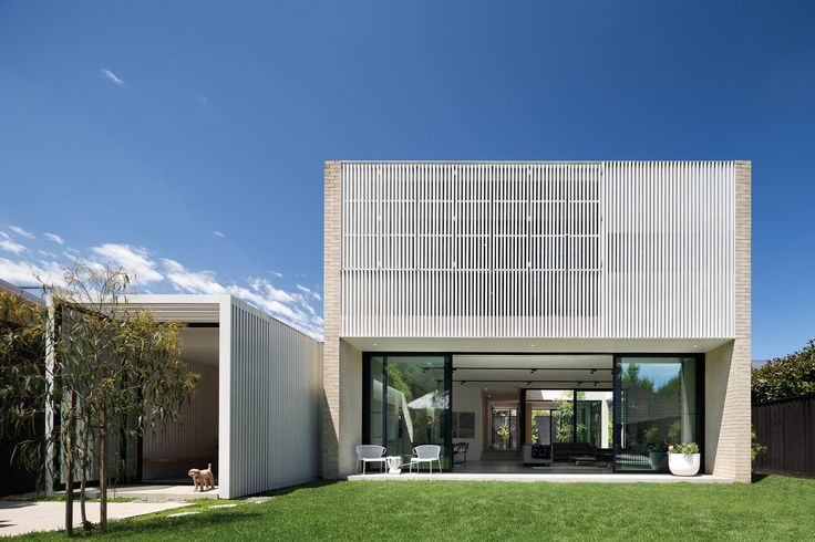 Hiding House / Jackson Clements Burrows Architects