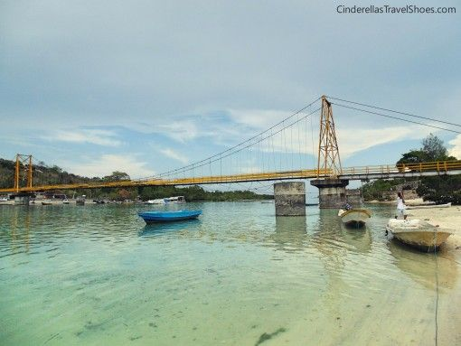 The bridge from Ceningan to Lembongan