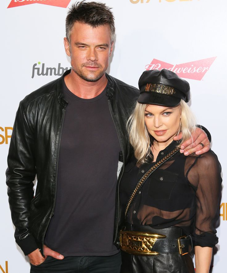 Fergie and Josh Duhamel Flaunt Their Smokin' Hot Beach Bods on Vacation from InStyle.com