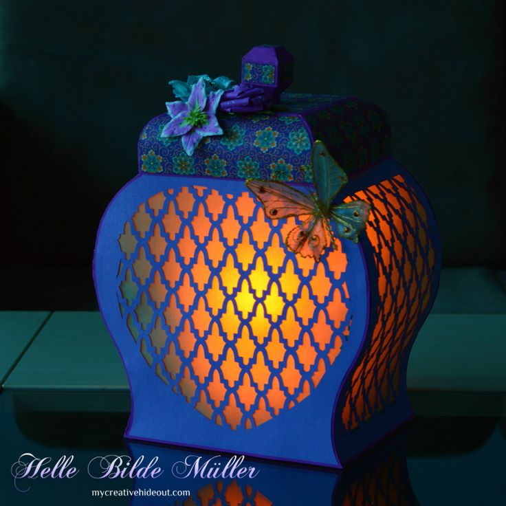Night shot of Moroccan Lantern. #birdscards #birdssvgs