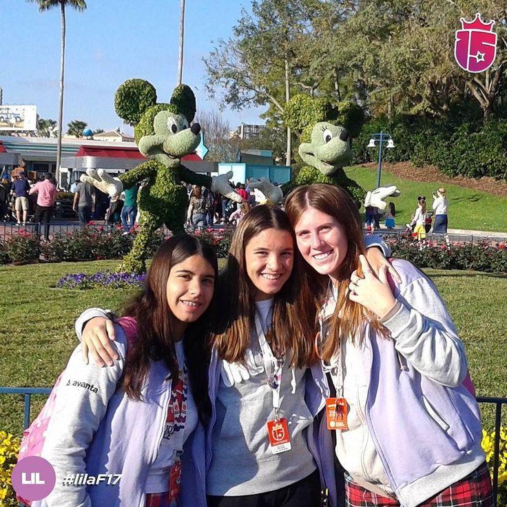 La felicidad sólo es real cuando es compartida! Estamos en #Disney! #febrero2017