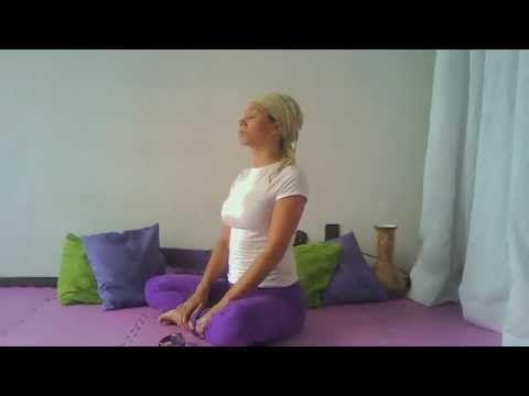 Parte 1 - Sequência de Yoga para pessoas com Cifose PuroYoga Live - YouTube