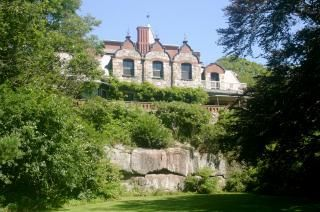 Prime-season: May 23, 2014 -  Sharksmouth Estate - The Stone House in Mancester by the Sea September 5, 2014 Rate: $6,500/week  Off-season: May 2 - May 23, and Sept. 5 - Oct. 25, 2014 Rate: $4,500/week Rental period: Friday 3pm - Friday 10:30am (Weekly Rentals Only) Available for Weddings, an additional fee is based on number of guests up to 150 guests. Closed for the Winter: October 24, 2013 - April 30, 2014 same for 2014 -15 Winter
