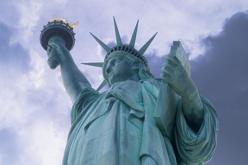 My eyes are so patriotic! Statue of Liberty by Brian Auer, via Flickr