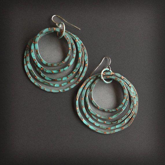 Gepatineerd koperen oorbellen - koperen hoepels - Turquoise Patina Finish - handgemaakte koperen sieraden