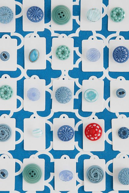 Buttons  Color Me Pretty: May by decor8, via Flickr: Craft, Vintage Buttons, Idea, Color, Blue Buttons, Vintage Style, Pretty Button