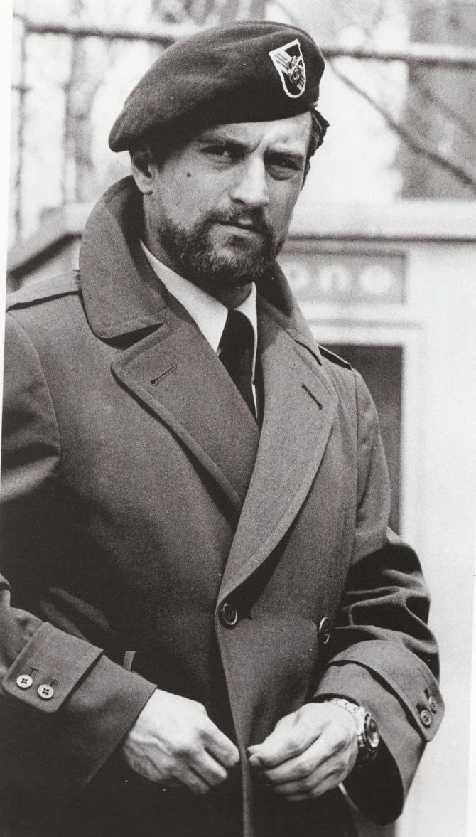 Robert de Niro                                                       …