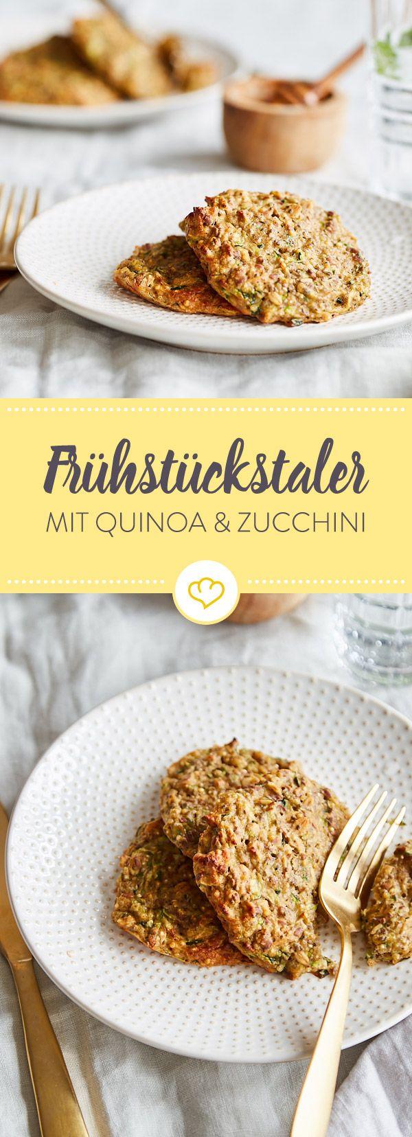 Abends vorbereiten, morgens sofort vernaschen - mit diesen Zucchini-Quinoa-Talern lassen sich auch Frühstücksmuffel morgens zum Naschen überreden.