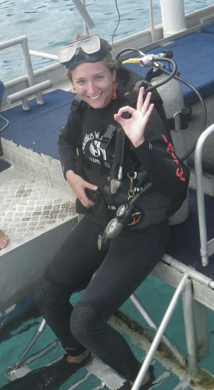 1508 best Dive girls images on Pinterest | Diving, Scuba ...