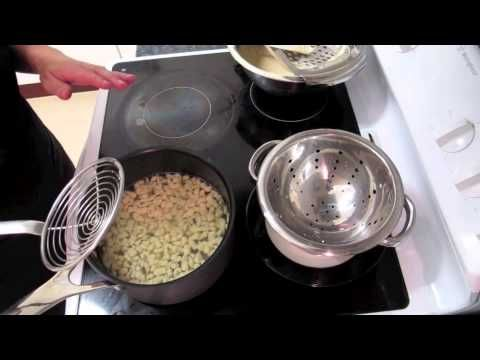 How to use a Silt Profi Spaetzle maker.   www.spaetzlerecipes.com