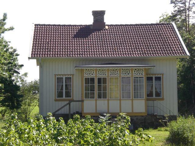 Kalvhagen charmig äldre stuga, Orust (Stuga uthyres i Holm, Orust, Västkusten, Bohuslän)