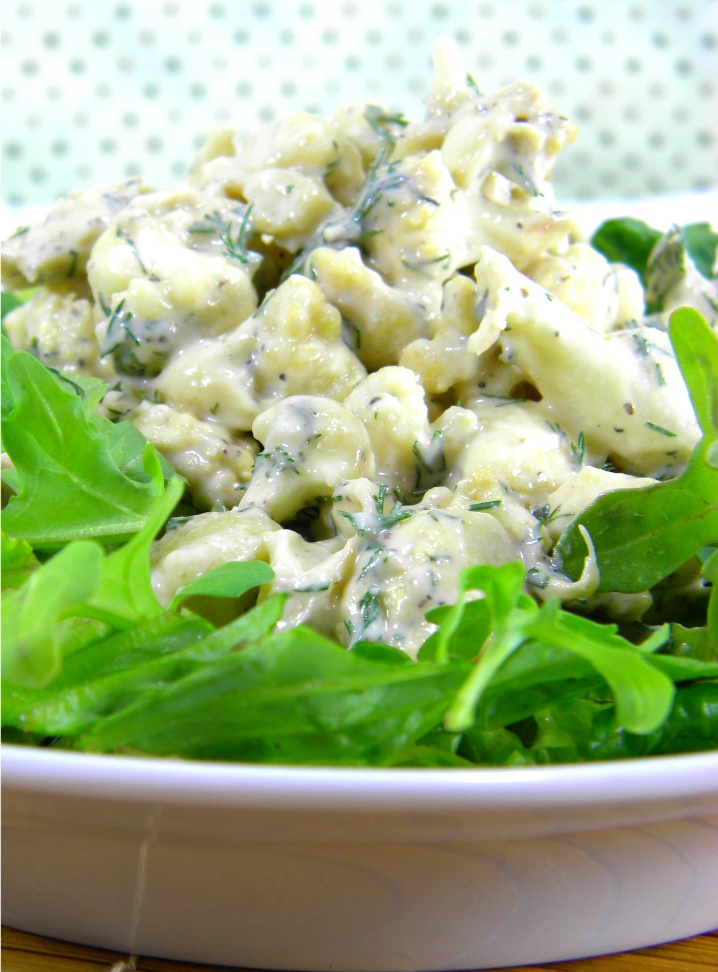 Raw Creamy Garlic Cauliflower Salad: Recipes Veggies, Amazing Salads, Creamy Garlic, Cauliflower Salad, Califlower Salad, Food, Garlic Cauliflower, Veggie Salad