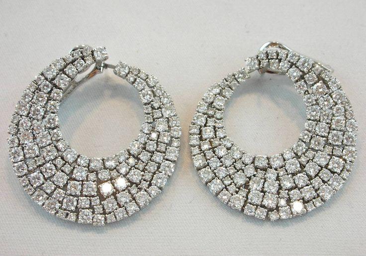Jona Diamond Gold Swirl Earrings