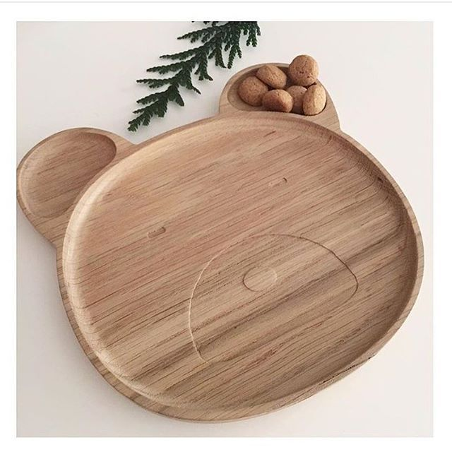 shopindependent,woodenplates,kidstableware,independentbrands,kidsconceptstore,christmasgiftideas,sobeaubaby,liewoodThese fabulous Wooden Oak plates from @liewood_design land in store tomorrow along with our much anticipated canopies and in perfect time to make it to the Christmas dinner table. In two designs Mr Bear and Cat these beauties are fun and stylish and will every meal the me for your little one a joy. Available online NOW.