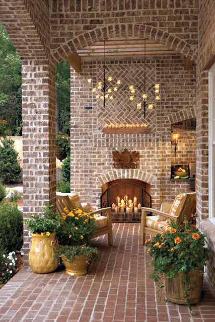 Cool Patio! Love....Love...Love! This is definitely on my wish list!
