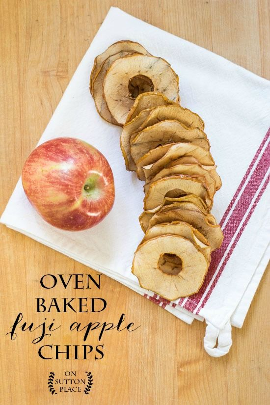 Easy Oven Baked Fuji Apple Chips | A healthy, fat-free and crunchy snack for the whole family. Dried Apple Chips | Dried Apple slices | Baked Apples.