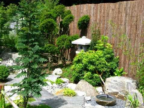 32 best images about japanese garden backyards on for Japanese garden small yard