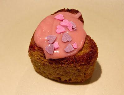 Huvilaelämää ja mökkiruokaa: Romanttiset ruusuleivokset
