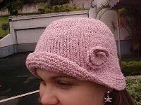 Materiais : Agulha de tricô retas e circular (40cm de fio): 4,5mm Fio: usado duplo, compatível com a agulha Nota : aumento - levantar o fio...
