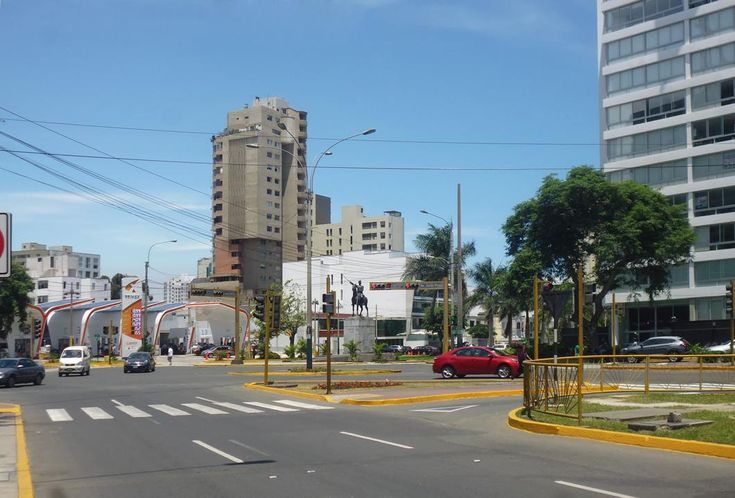 Local comercial en Alquiler Av. Faustino Sanchez, San Isidro, Lima