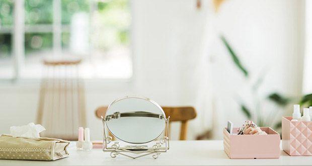 Specchi Trucco e Postazioni Make up: quali scegliere? - http://www.beautydea.it/specchi-trucco-postazioni-make-up/ - Guida alla postazione trucco! Specchi da parete, da tavolo, consolle e vanity table: scopri quello che fa per te!