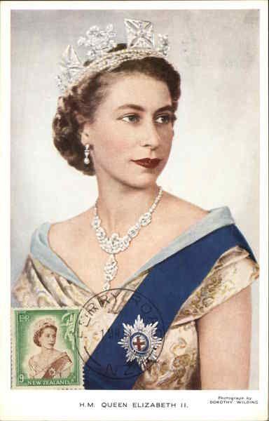 H M Queen Elizabeth Ii In 2019 Random Queen Elizabeth
