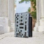 Piazza San Domenico: Borsa da tablet realizzata intrecciando sacchetti di caffè #Upcycling #bag #artigianato #madeinitaly #accessori #riciclo