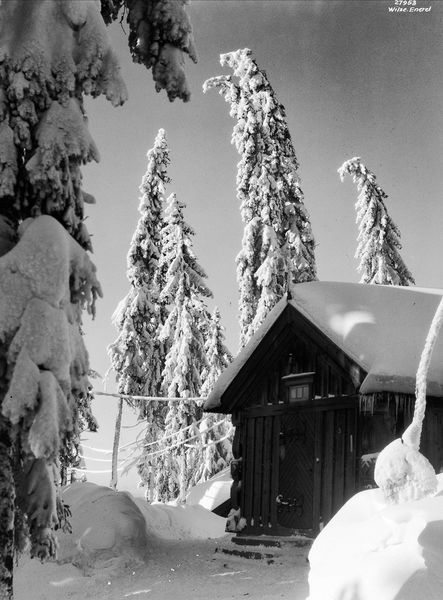 Fearnleys hus på Voksenkollen, av Anders Beer Wilse, Oslo