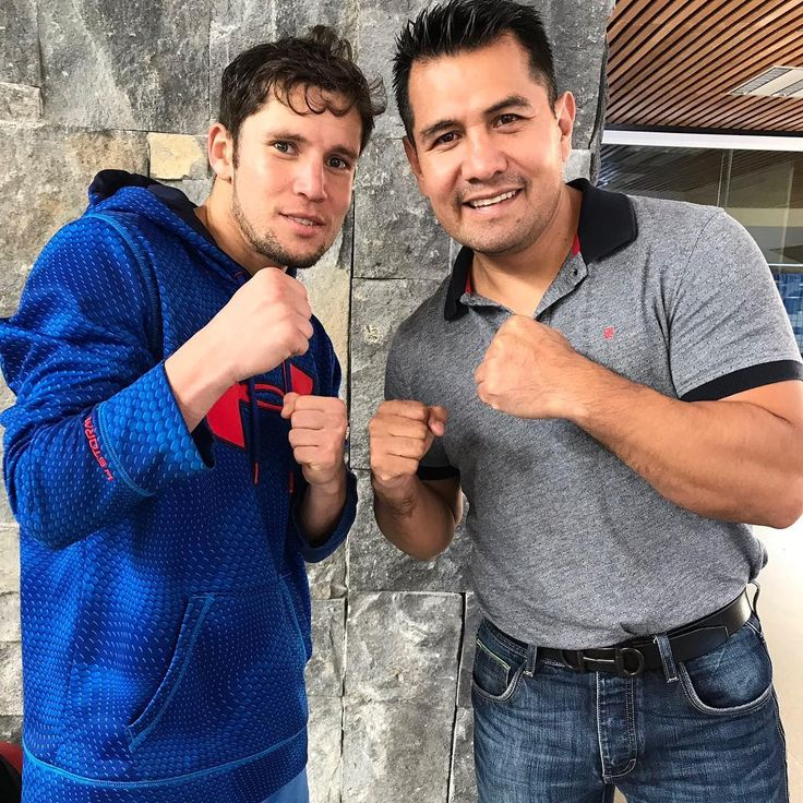 Puro Boxeo Mexicano @cuadrasoficial @marcobarrerat #Boxeo #Boxing