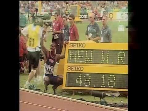 Michael Johnson 400m world record: 43.18