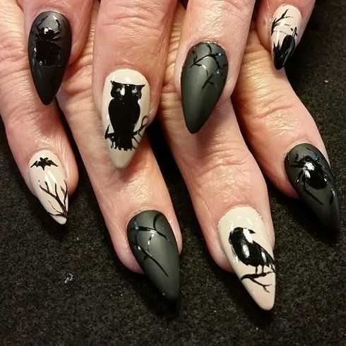 Nail art from the NAILS Magazine Nail Art Gallery, hand-painted, halloween, - 323 Best Halloween Nails Images On Pinterest Halloween Nail Art