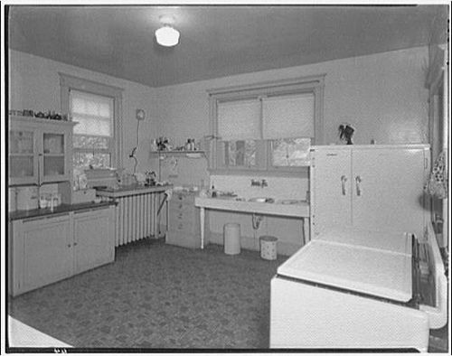 1920s Farmhouse Kitchen 1920s 1930s Kitchen From Library